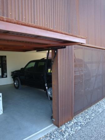old style garage door 1