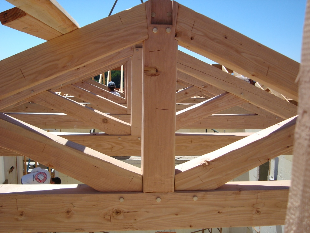 Ojai – Installing Timber Frame Trusses in an ICF House – Otis ...