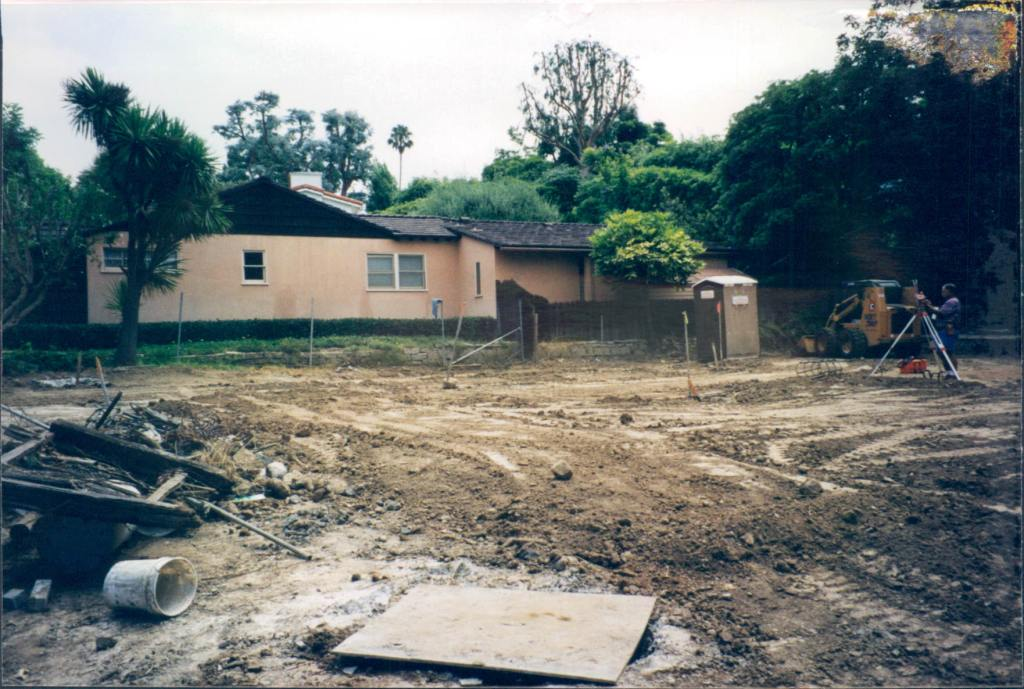 New_Custom_Home_Pacific_Palisades_Dirt_Lot_2