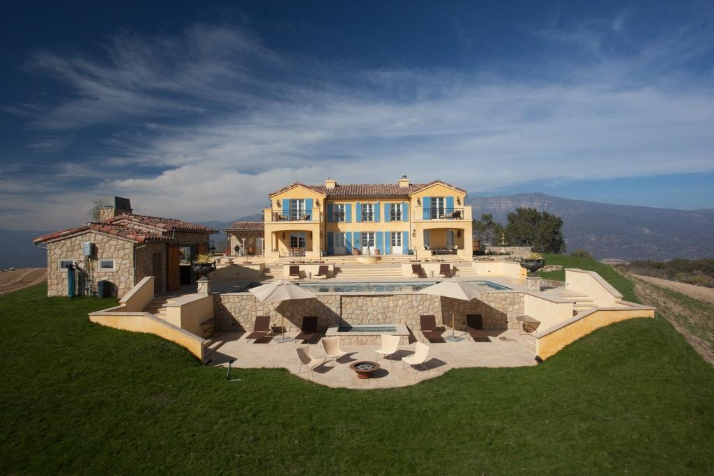 ojai_new_construction_icf_green_traditional_home_south